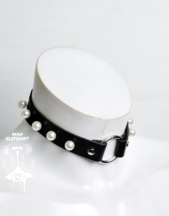 neck choker leather ring pearls