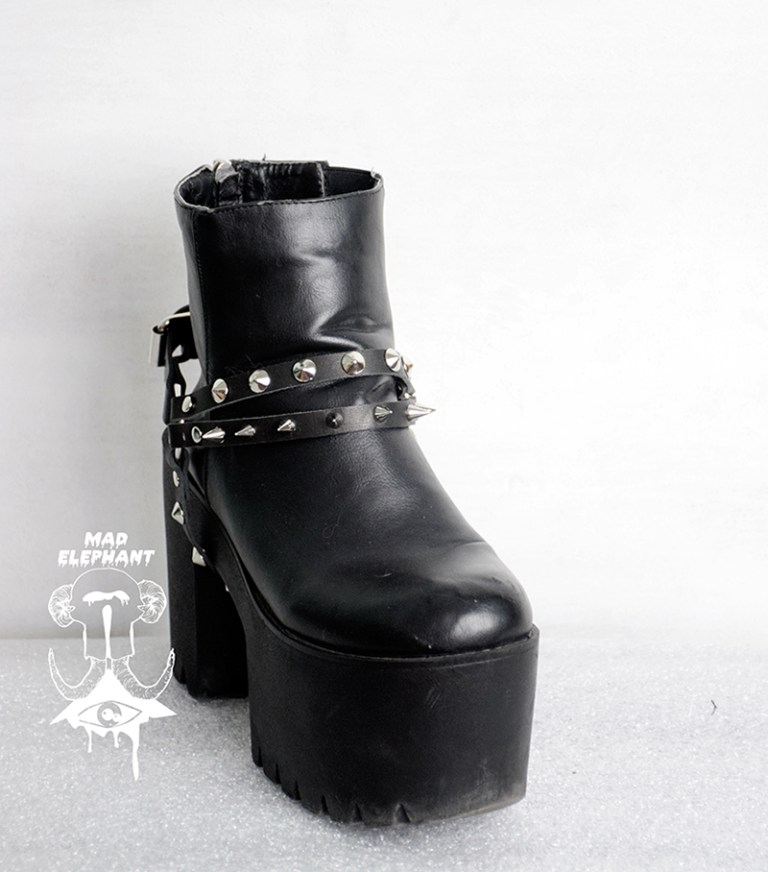 boot straps and chains