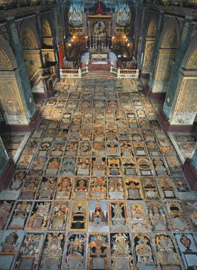 dancing under frescoes VallettaCoCathedralFloorOverview