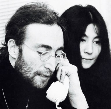 JohnTelephoneYoko