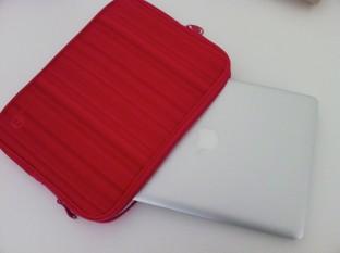 Macbook pro avec pochette