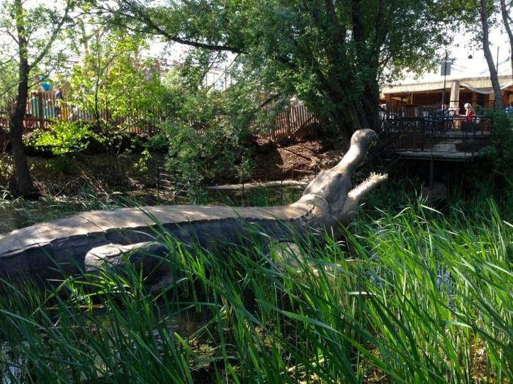 Reproduction du plus gros crocodile ayant existé (le Sarcosuchus)