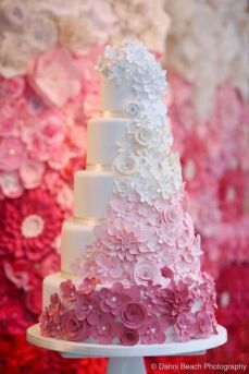 Via specialweddingcakeideas.blogspot.com
