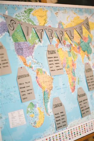 Do-it-yourself - eine Weltkarte als Sitzplan
