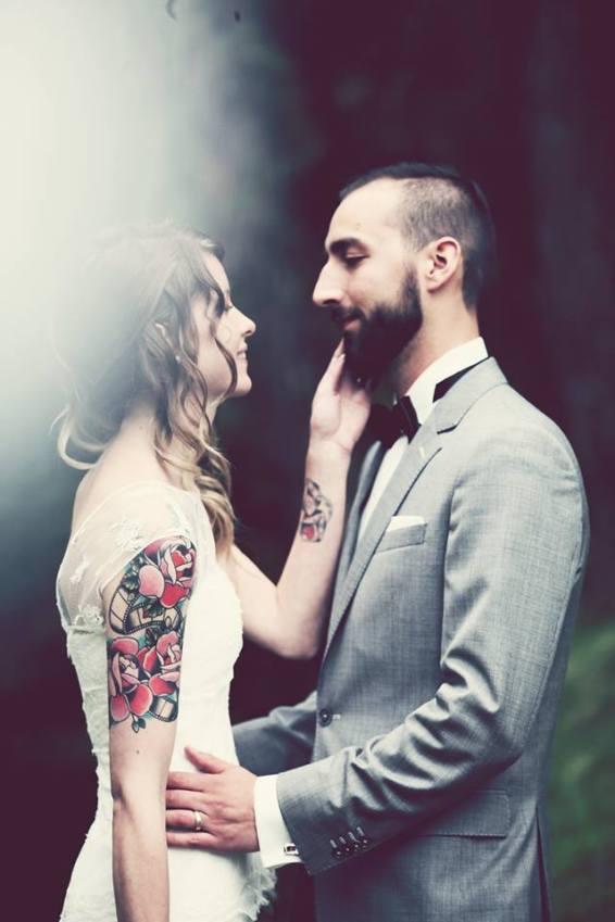 Hochzeit Ossona Wallis Tattoos Katholisch Trauung Brautstraus Shooting 3