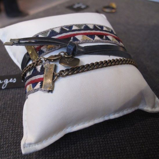 Le bracelet oh losanges à ses débuts...Premier bijou multi-matières !