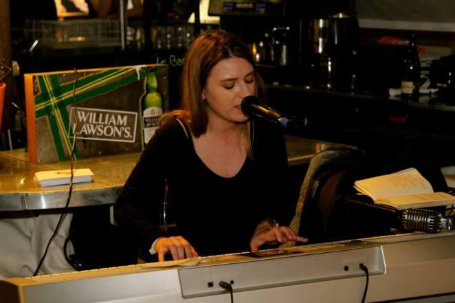 La chanteuse Clara Jurek