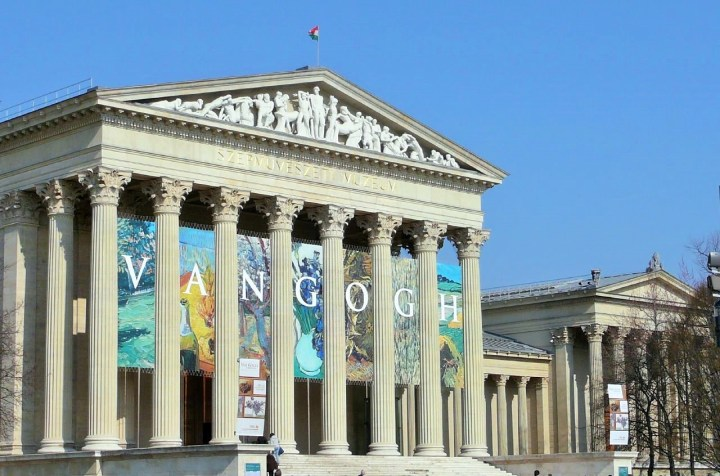 Budapest_Fine_Arts_Museum_bldg