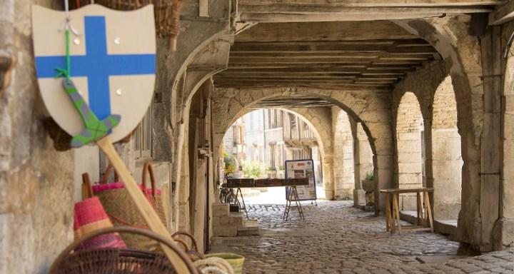 Noyers-sur-Serein-Photo-Alain-Doire-Bourgogne-Tourisme-2