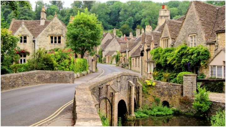 Cotswolds Inghilterra: Castle Combe