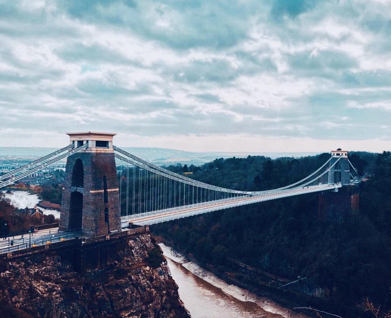 Bristol collegare