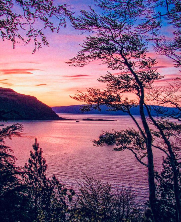 Isola di Skye: Portre immagine del loch al tramonto