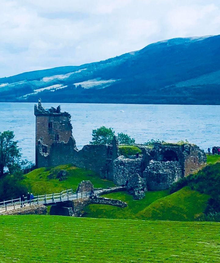 Loch Ness e Castello di Urquhart