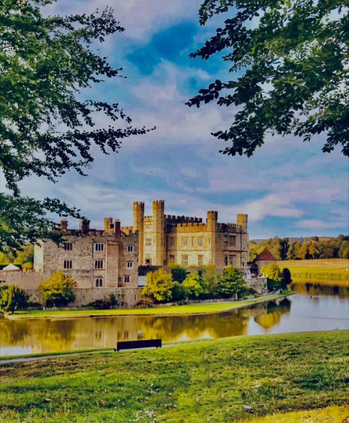 Leeds Castle, Castelli inglesi