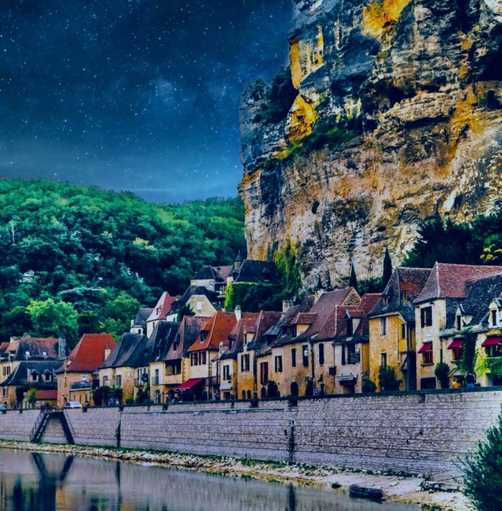 Dosa vedere in Dordogna: La Roque-Gageac