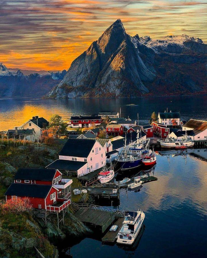 Reine Lofoten, Norvegia