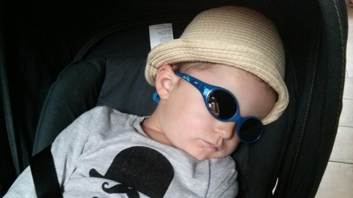 Raoul a testé les lunettes de soleil bébé Luc et Léa