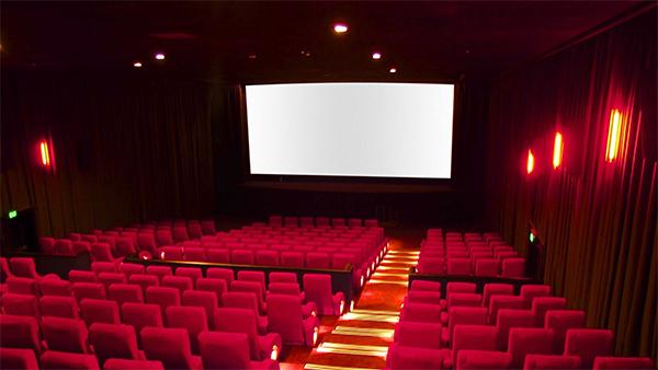Celle qui ne va plus au cinéma…