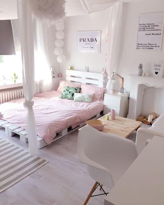 DIY facile de lit en palettes