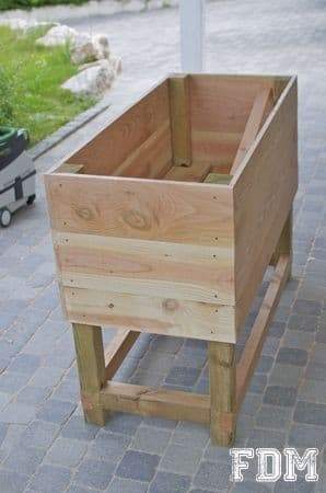 Potager surélevé en palettes de bois