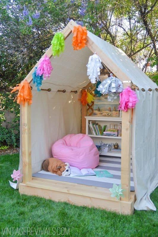 cabane pour enfants en palettes de bois