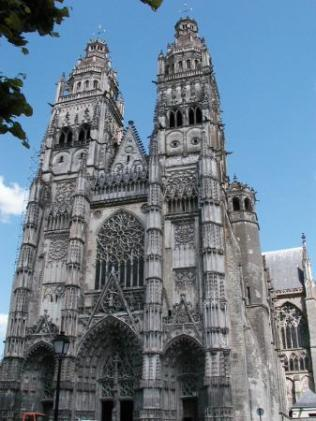 st-gatien-cathedral
