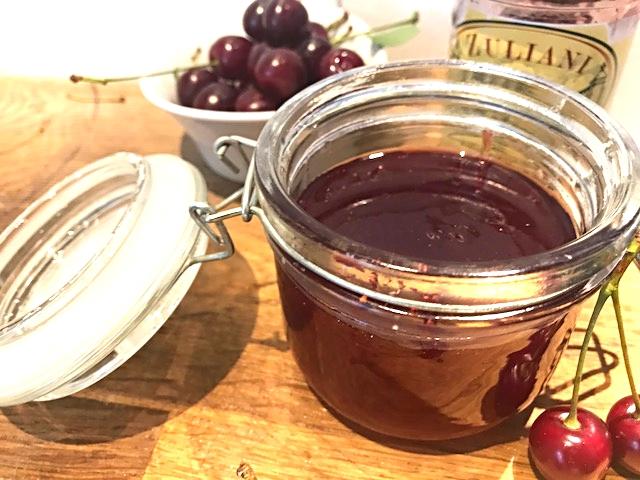 Hjemmelavet kirsebærgéle til saucer og gryderretter