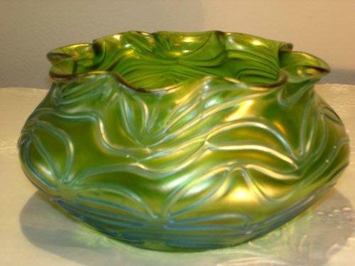 LOETZ GREEN FORMOSA GLASS BOWL