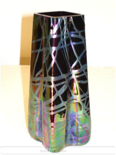 KRALIK PURPLE VASE WITH IRIDESCENT RAINBOW-COLORED BANDS