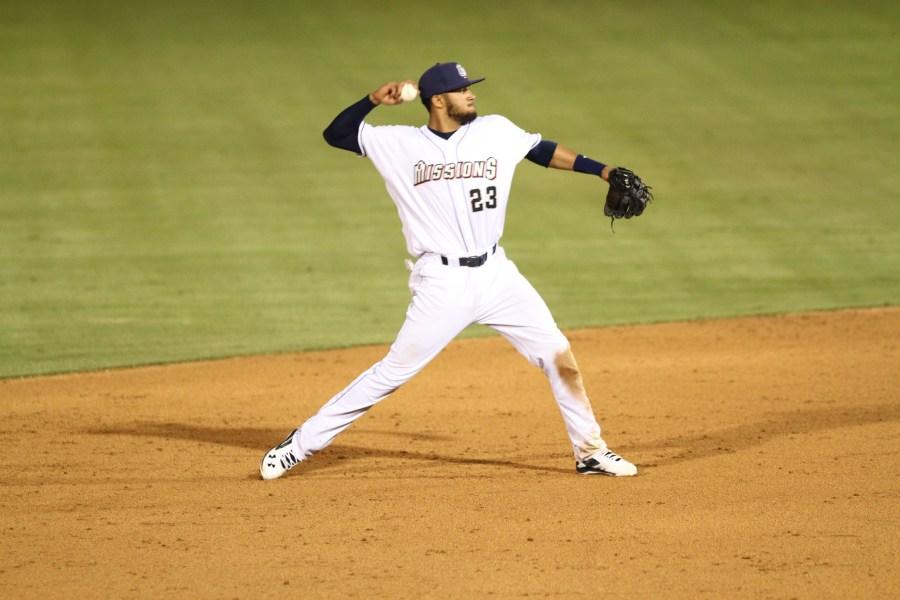 Top Padres prospect Fernando Tatis Jr for San Antonio Missions.