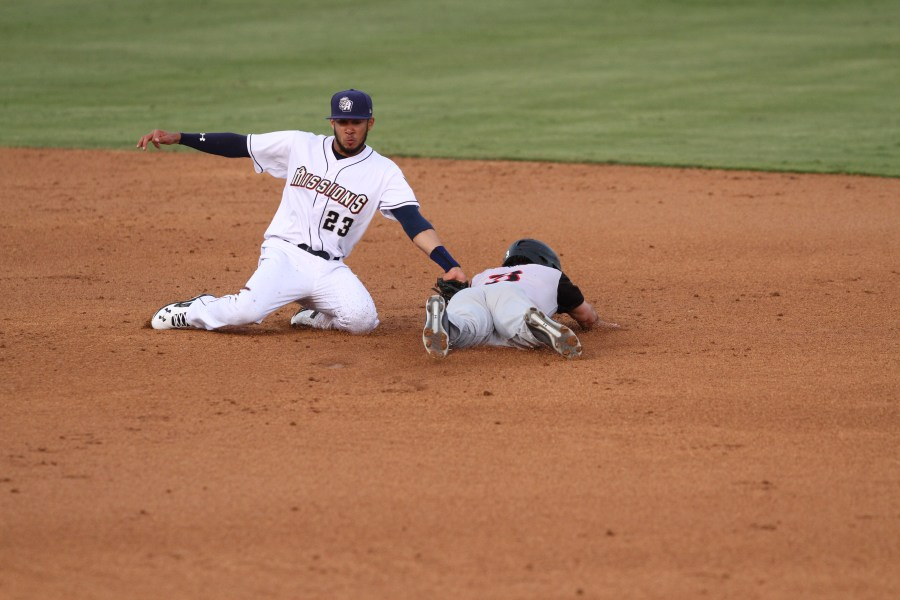 Padres prospect Fernando Tatis flashes the leather for San Antonio Missions