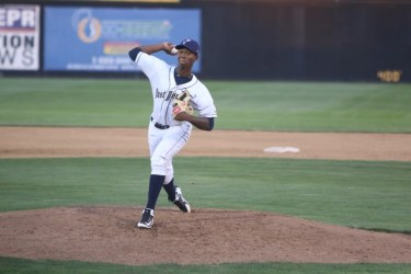 San Diego Padres prospect Henry Henry pitching for Tri-City Dust Devils