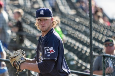 Padres prospect Chris Paddack warms up for San Antonio Missions