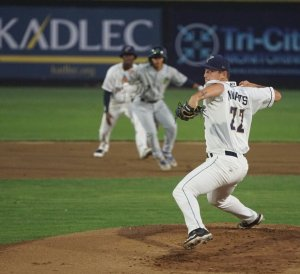 Nick Thwaits, Padres prospect delivers for Tri-City Dust Devils