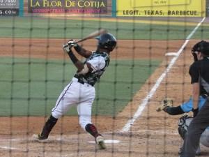 Padres prospect Pierce Jones bats for Lake Elsinore Storm
