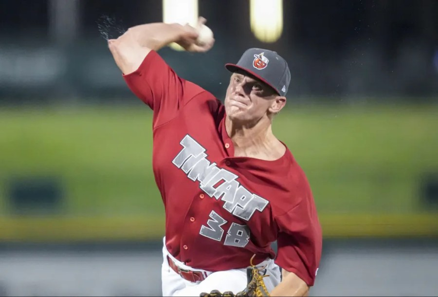 Padres prospect Chase Walter pitching for Fort Wayne TinCaps