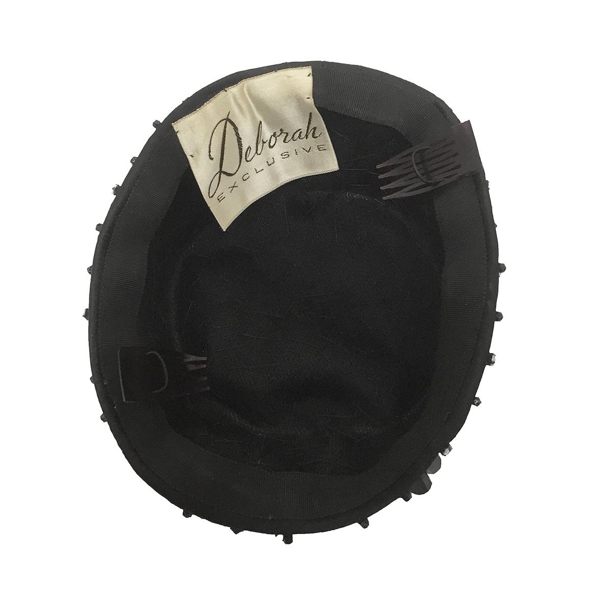 Deborah exclusive hat label
