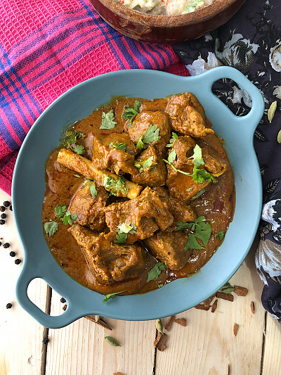 Elaichi Gosht made with Madhuban Bhoona Sauce