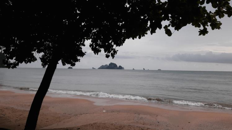 Ao nang beach.png
