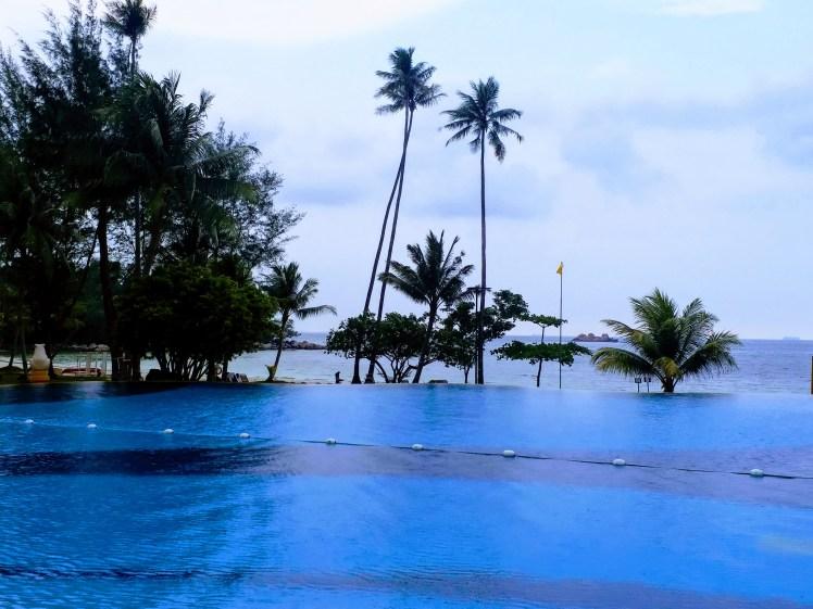 infinity pool, nirwana garden resort, Bintan