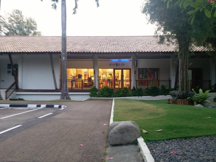 outlet, Nirwana gardens