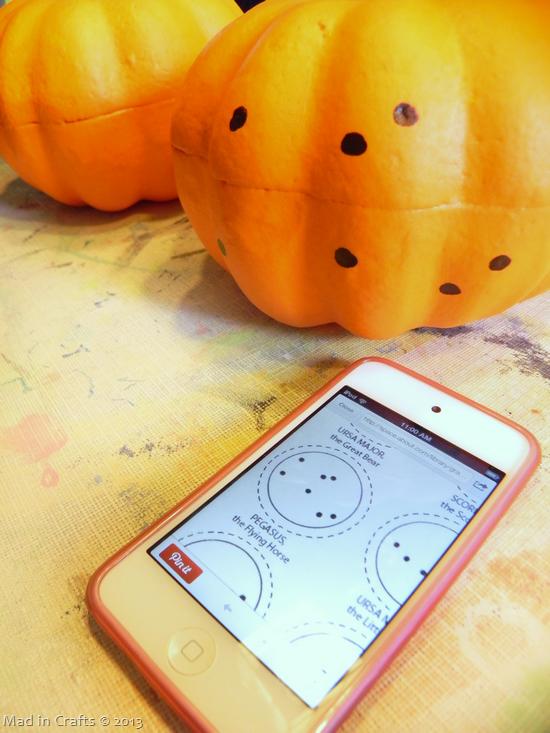 copy-constellation-onto-pumpkin_thum