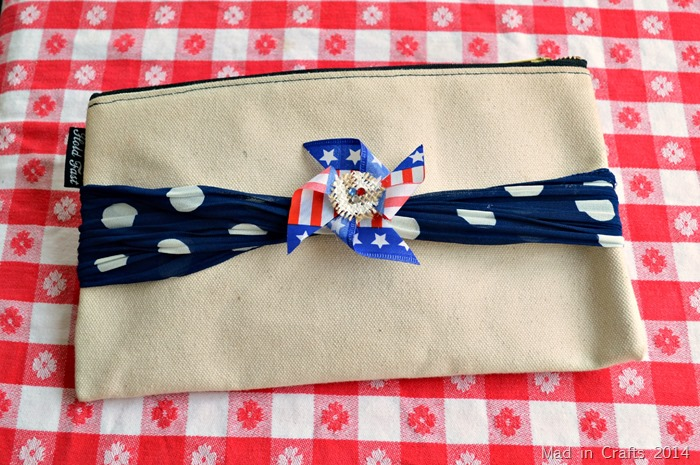 PATRIOTIC PINWHEEL PIN