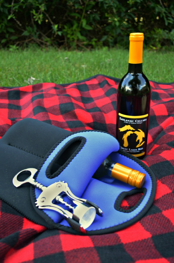 Perfectly Portable Picnic  Neoprene Wine Tote