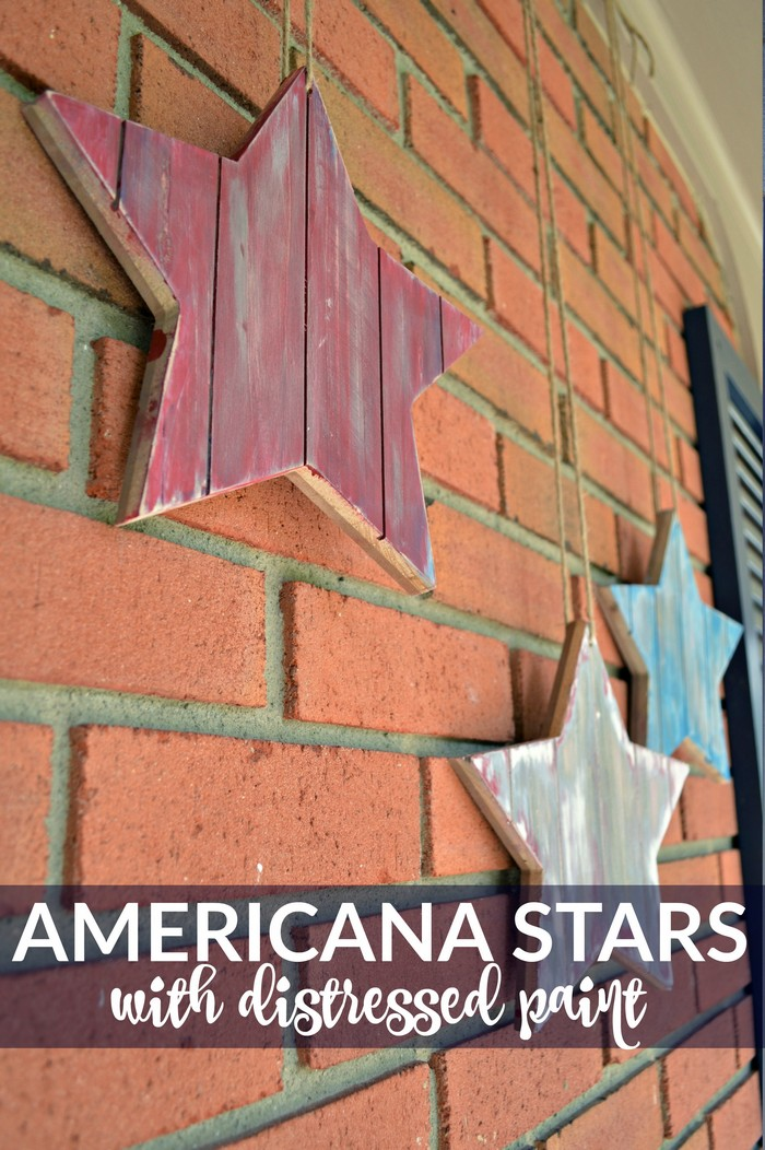 DISTRESSED WOODEN AMERICANA STARS