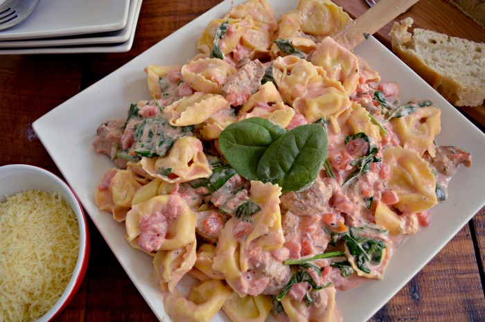 Simple Spinach, Tomato and Sausage Tortellini