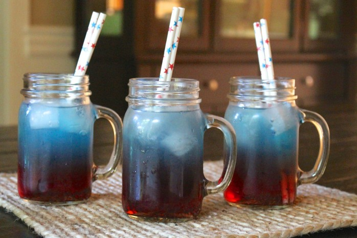 Blue-Layer-Patriotic-Drink-698x465