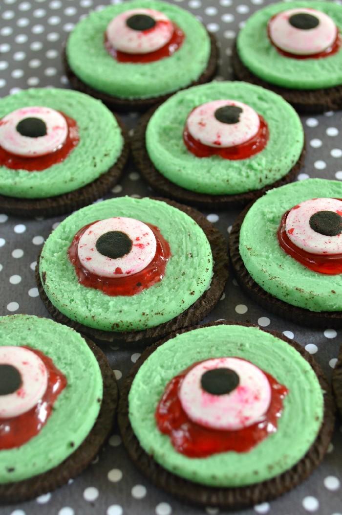 easy-monster-eye-cookies