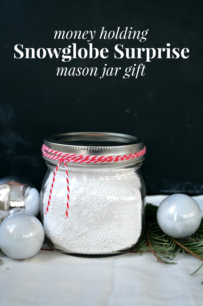 SNOWGLOBE SURPRISE MONEY-HOLDING GIFT