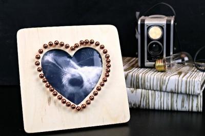 $2 COPPER STUDDED HEART FRAME